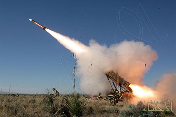 الدفاعات السعودية تنجح في تدمير صاروخ حوثي بسماء جازان