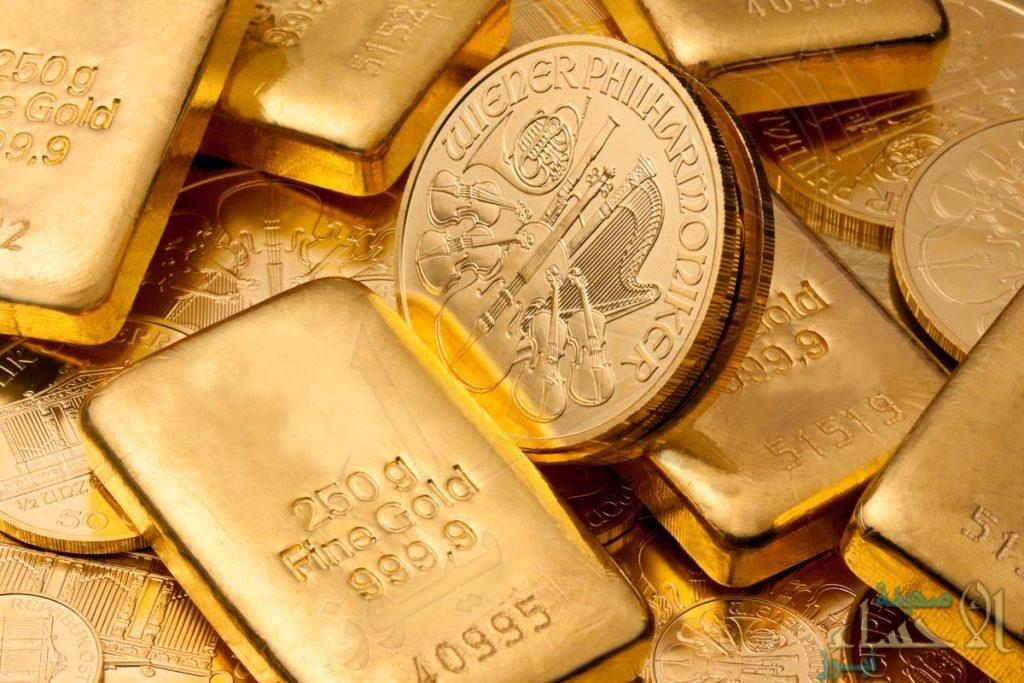 الذهب يُسجل ارتفاعاً بنسبة 0.3 مع تراجع الدولار