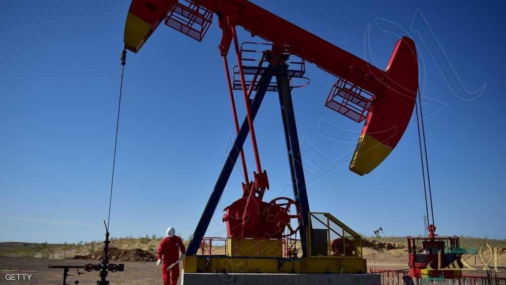 أسعار النفط ترتفع أكثر من اثنين بالمئة