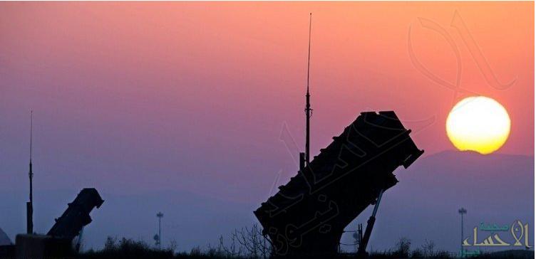 قوات الدفاع الجوي تعترض صاروخاً باليستياً أطلقته ميليشيا الحوثي باتجاه جازان