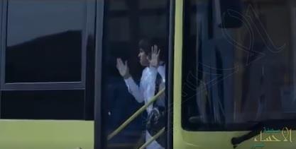 للطلبة وأولياء الأمور.. هذا ما ينبغي فعله عند نسيان الطفل داخل الحافلة المدرسية