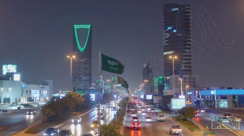 """السعودية: 900 ومضة نارية و300 """"درونز"""" تدخل """"غينيس"""" في اليوم الوطني"""