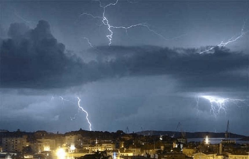 طقس الثلاثاء: انخفاض طارئ في درجات الحرارة.. وأمطار رعدية على 7 مناطق