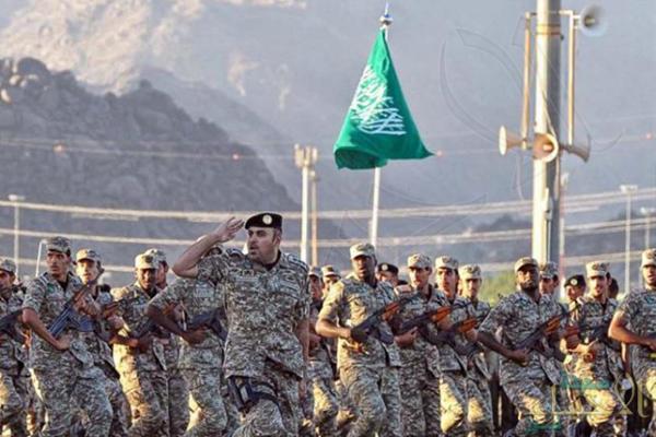 """بجميع قيادات وإدارات الأمن العام.. """"الحربي"""" يصدر قرارات بترقية 5624 رجل أمن"""
