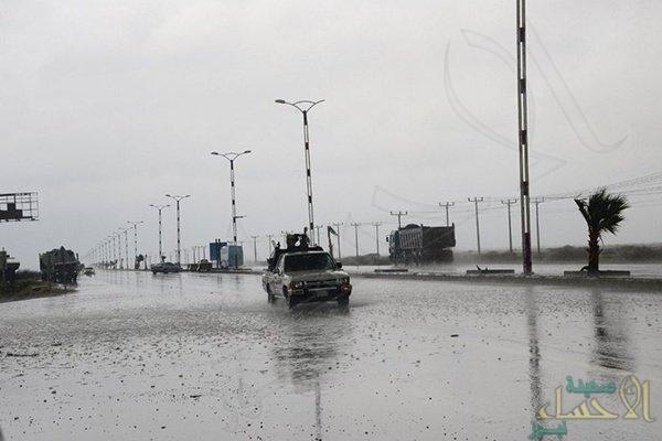 """الأحساء على موعد مع """"الأمطار الرعدية"""".. و""""كراني"""" يحذر من مجاري السيول في 4 مناطق"""