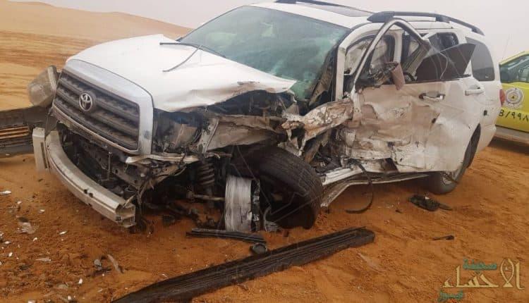 """مواطن أبلغ """"الهلال"""" بتصادم سيارتين وبعد لحظات يلقى نفس المصير !!"""