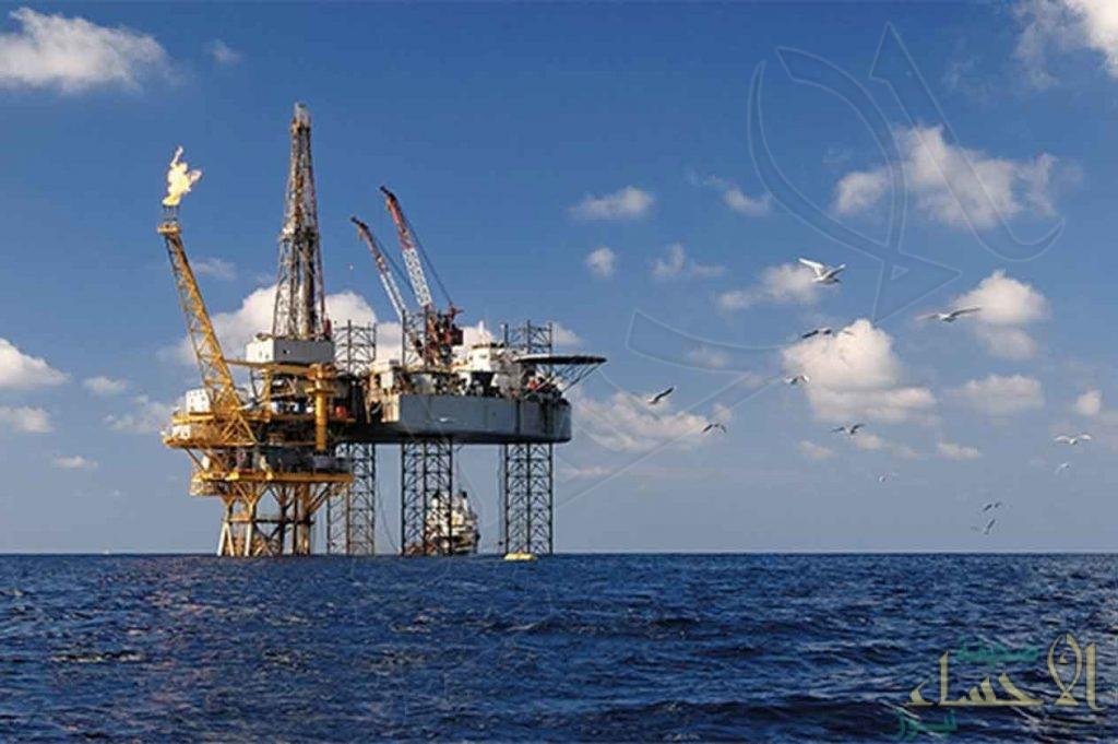 النفط يهبط 6% مع زيادة المخاوف من تباطؤ النمو العالمي