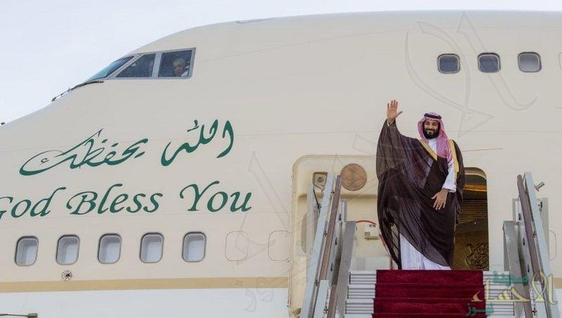 """بالصور.. """"ولي العهد"""" يغادر الجزائر و""""الوزير الأول"""" في مقدمة مودعيه"""