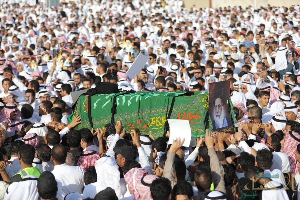 """بالصور … هكذا شُيعت جنازة السيد """"السلمان"""" في الأحساء"""