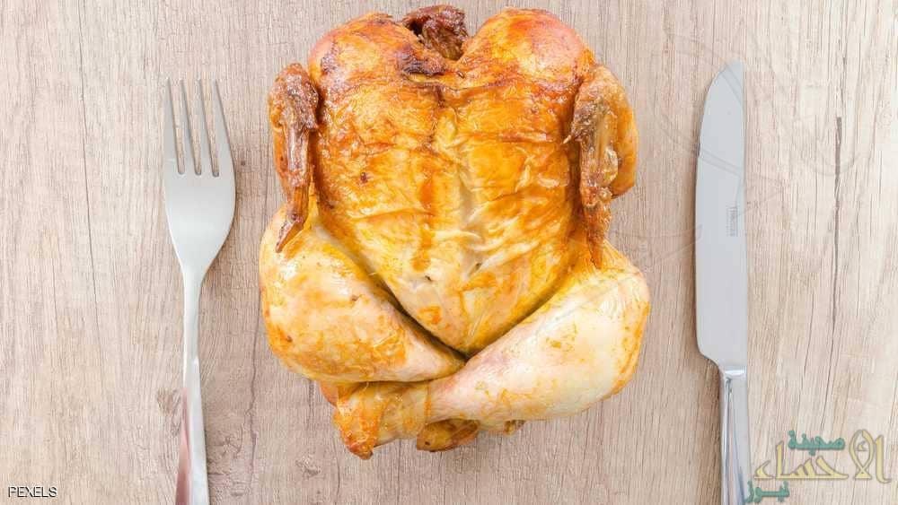 """دجاج معدل جينيا لمواجهة """"الوباء المميت"""" !!"""