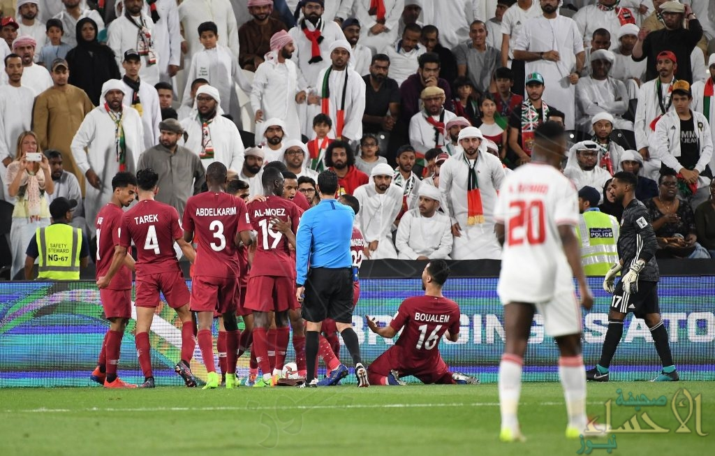 """برباعية نظيفة في شباك الإمارات .. """"قطر"""" تتأهل لنهائي كأس آسيا للمرة الأولى في تاريخها"""