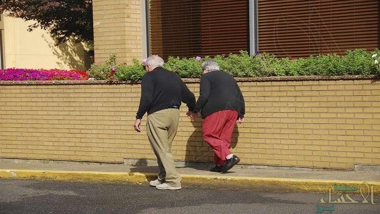 علماء يكتشفون: الشيخوخة تبدأ من سن الشباب ولا تتوقف أبدًا.!!