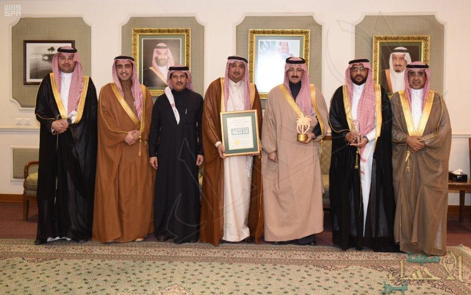 الأمير بدر بن محمد يطلع على آخر مستجدات المعهد الوطني للتدريب الصناعي بالأحساء