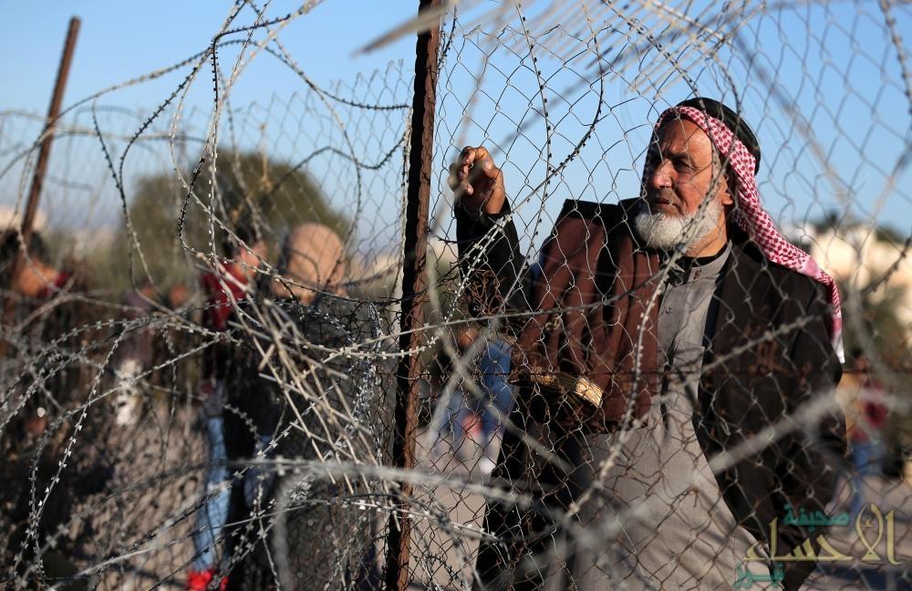 إسرائيل تبدأ بناء جدار جديد على الحدود مع غزة
