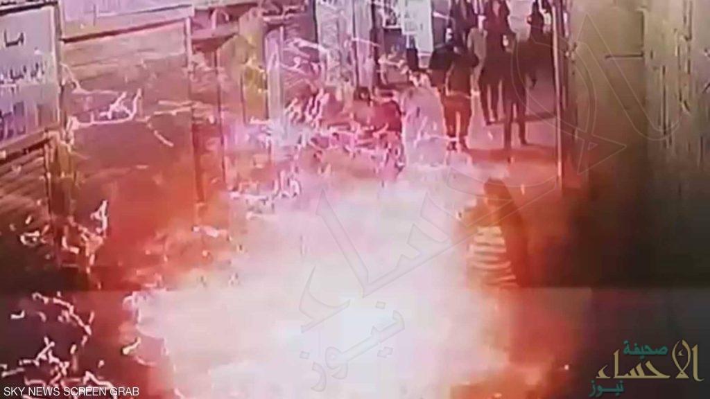 مصر: إرهابي يُفجّر نفسه أثناء القبض عليه بشارع الأزهر ومقتل أحد رجال الشرطة