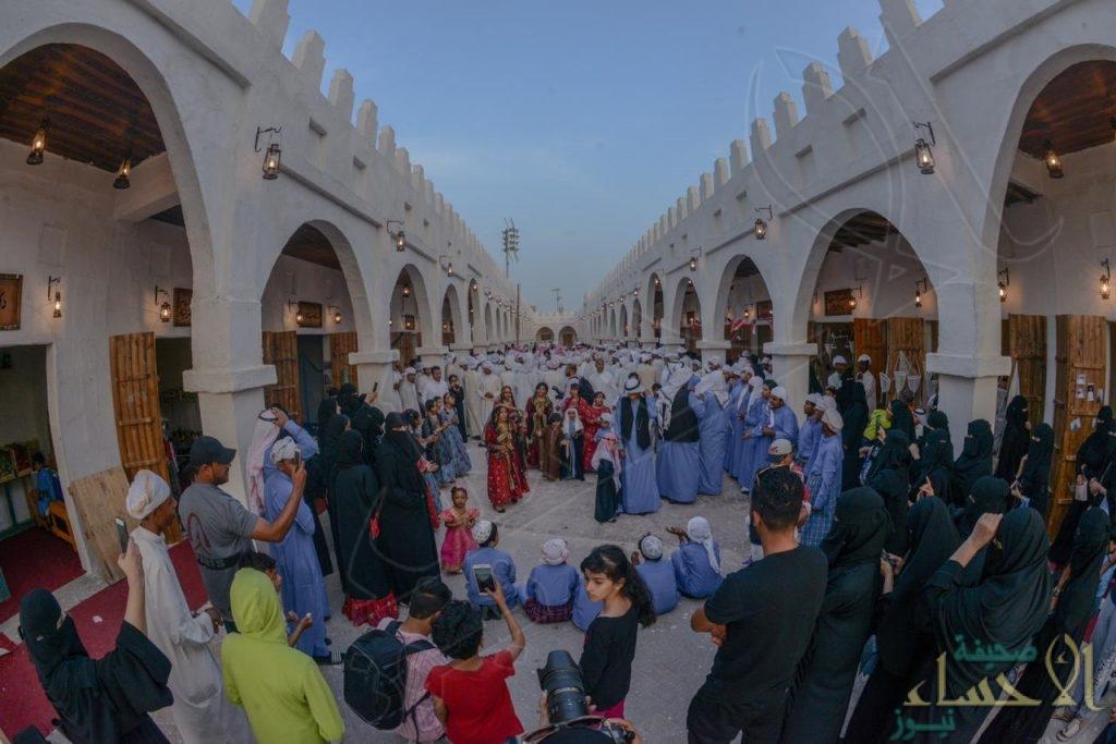 """مهرجان """"الساحل الشرقي"""" يُجسد """"قيصرية الأحساء"""" كواجهة للقرية التراثية"""