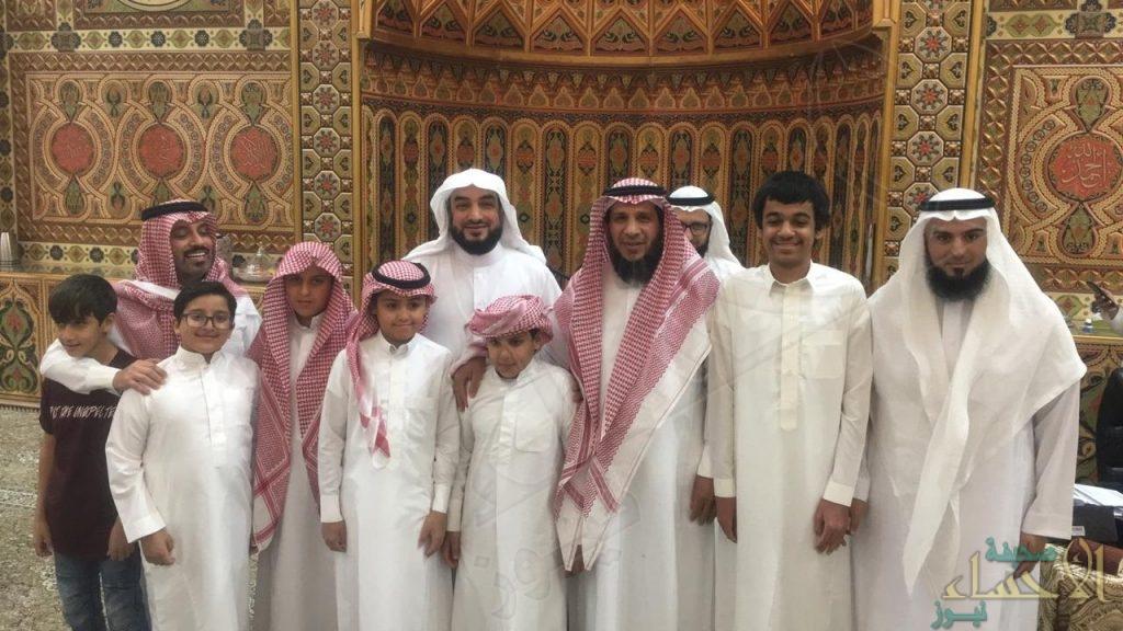 مسجد الإسراء يحتفي بختام حلقاته القرآنية ويُكرم أكثر من 100 طالب