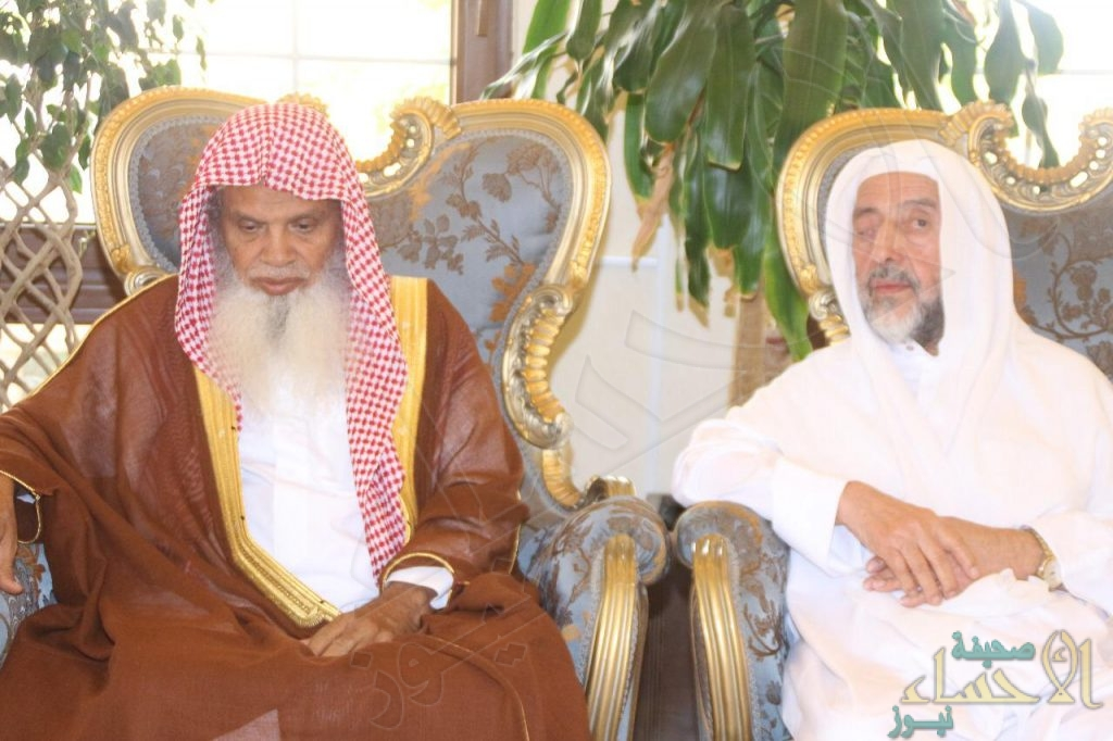 """بالصور …""""الشيخ الحذيفي"""" في مجلس """"الجبر"""": الأحساء منبع الجود والكرم والعطاء"""