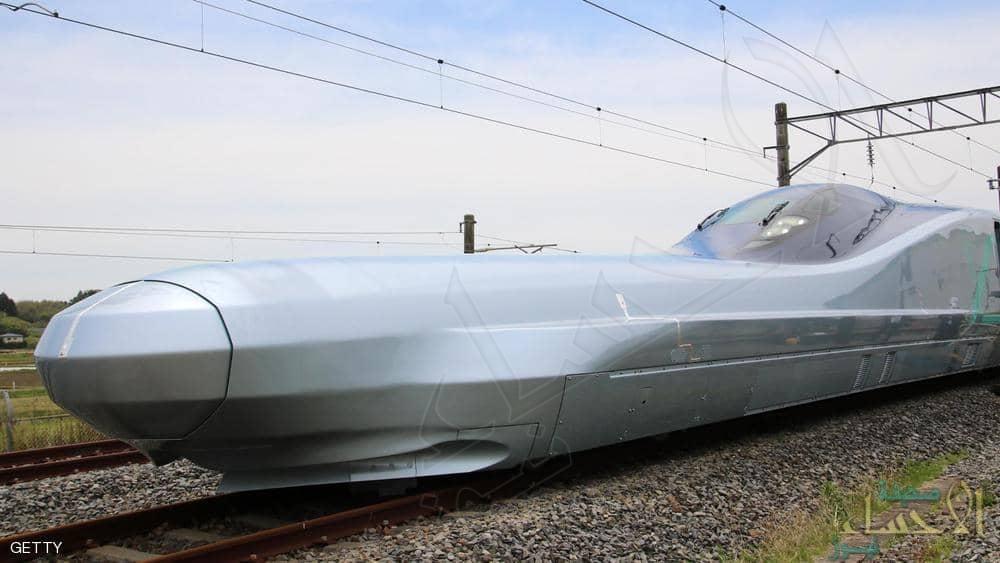 """إنه """"الرصاصة"""".. اليابان تكشف عن أسرع قطار في العالم !!"""