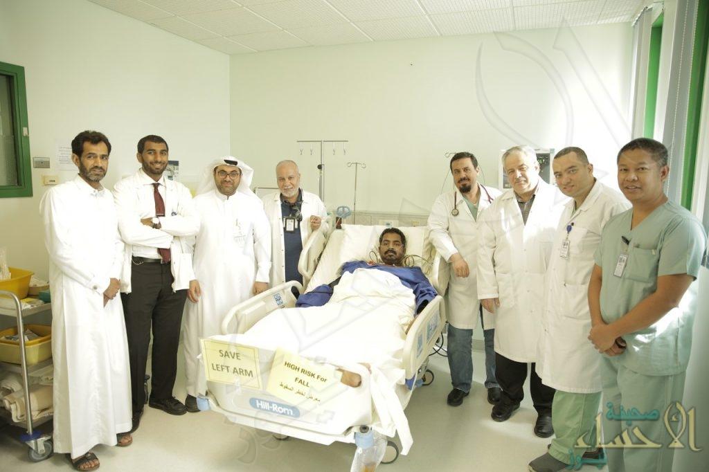 في الأحساء .. فريق طبي ينجح في تخليص مريض من مرض نادر !!
