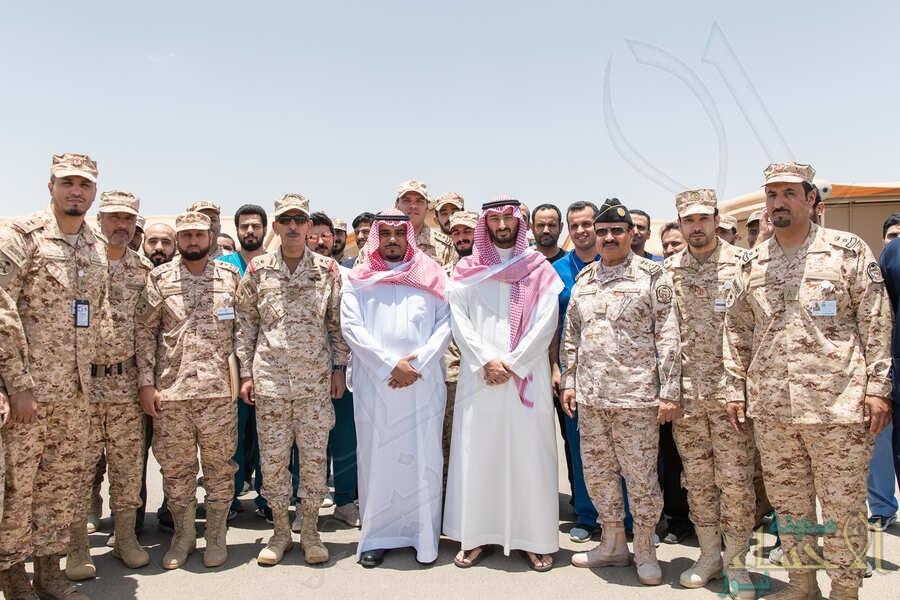 بالصور.. وزير الحرس الوطني ينقل تحيات القيادة للمرابطين في نجران