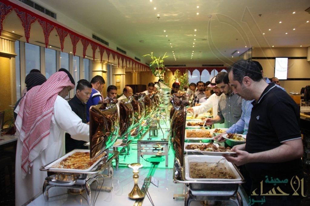 """بالصور.. """"قلائد الدر"""" تجمع منسوبيها في حفل رمضاني مميز"""