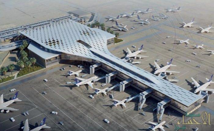 التحالف: عمل إرهابي يستهدف مطار أبها الدولي وإصابة (26) شخصاً