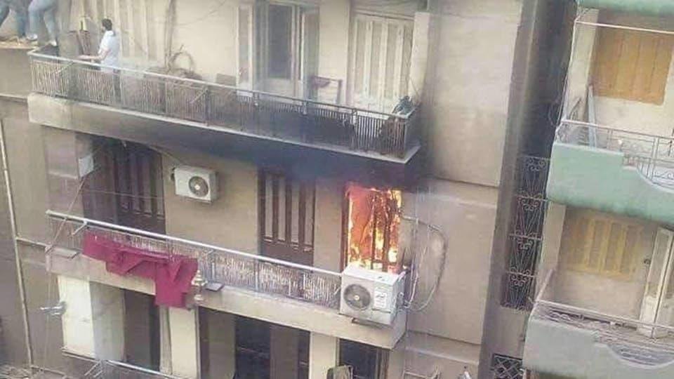 مصري رفض النجاة بنفسه وحاول إنقاذ أمه من الحريق فمات معها