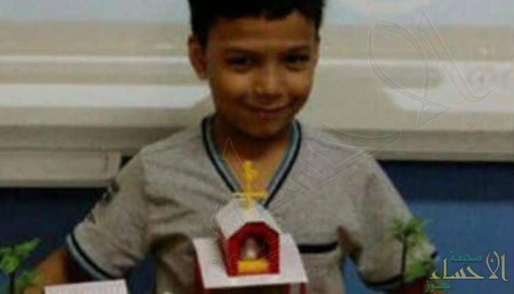 اختفاء طفل في ظروف غامضة بمدرسته .. وصدمة لحظة العثور عليه !!