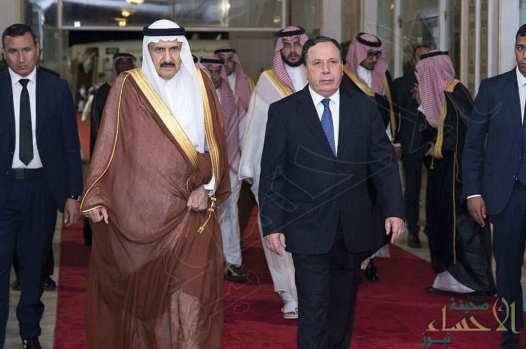 وصول منصور بن متعب وتركي بن محمد إلى تونس للمشاركة بتشييع جثمان السبسي