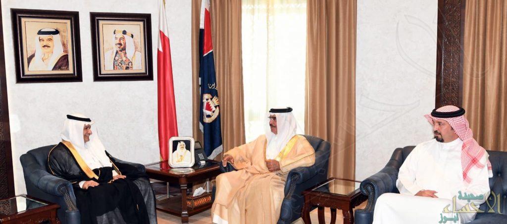 """وزير داخلية """"البحرين"""" يستقبل """"المحيسن"""" مدير عام جسر الملك فهد"""