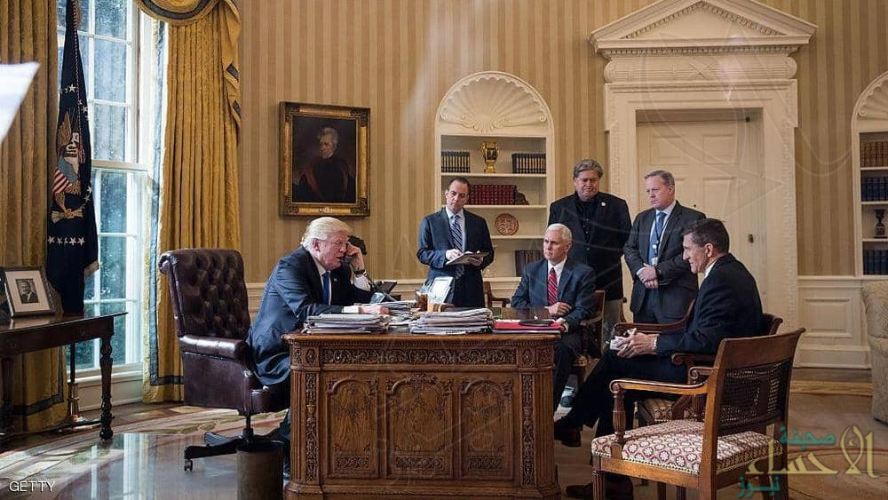 في تقرير مُفصّل: من يستمع لمكالمات ترامب .. وكيف يجري التحضير لها؟