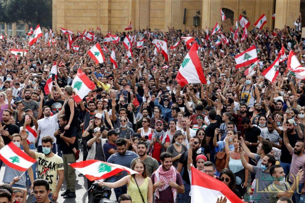 """ناشطون: مسلحو حركة """"أمل"""" اللبنانية يقمعون المتظاهرين في جنوب البلاد"""