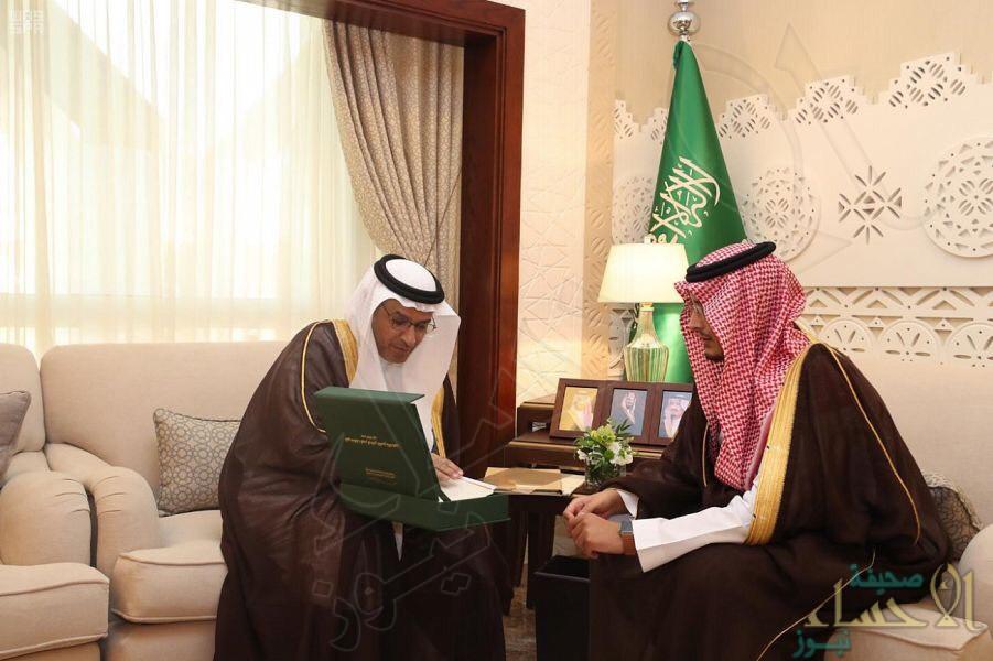 """نائب أمير """"المنطقة الشرقية"""" يٌشيد بجهود الإدارت الحكومية في جسر الملك فهد"""