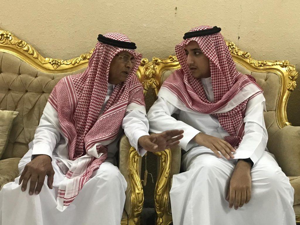 """الأمير """"عبدالعزيز بن بدر"""" يقدم واجب العزاء للزميل """"الدويسان"""""""