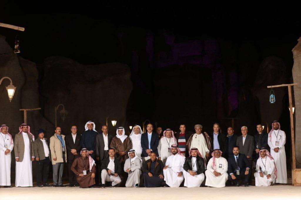 """شاهد بالصور ..""""وزراء السياحة والأمن"""" العرب يختتمون زيارتهم للأحساء في """"أرض الحضارات"""""""