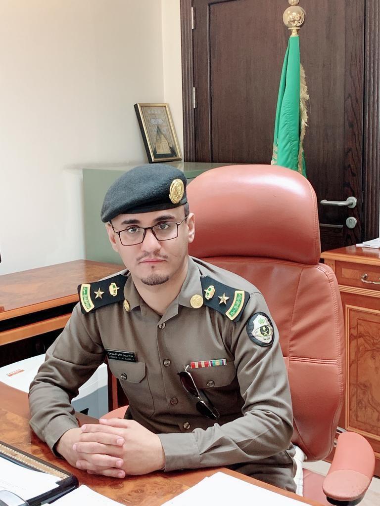 """نائب مدير """"شرطة الأحساء"""" يُقلّد """"آل ربوع"""" رتبته الجديدة"""