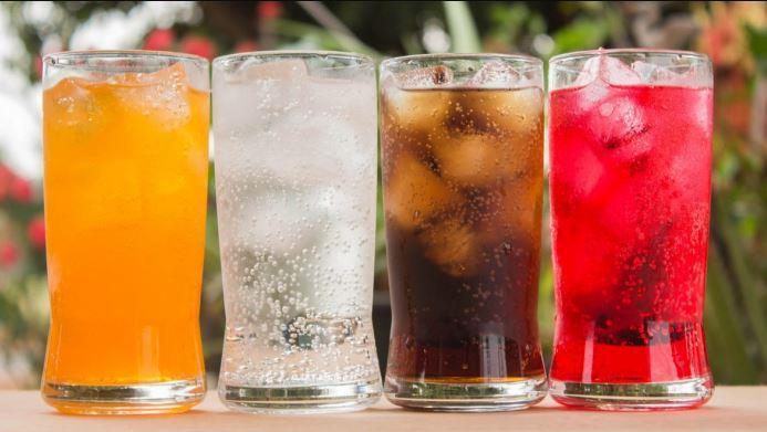 """""""الزكاة والدخل"""" توضح المشروبات والعصائر غير الخاضعة للضريبة الانتقائية"""
