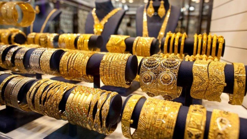 الذهب يرتفع لأعلى مستوياته … ويبلغ ذروة 45 يوماً