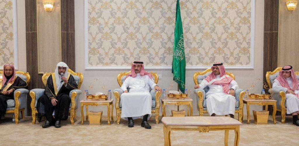 """بالصور… """"المغامسي"""" في ضيافة سمو الأمير عبدالعزيز بن محمد"""