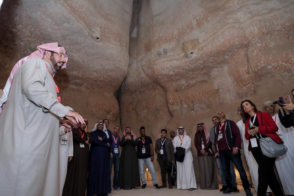 """إعلاميون عرب: """"الأحساء"""" متحف معماري مفتوح بنكهة التاريخ الأصيل"""
