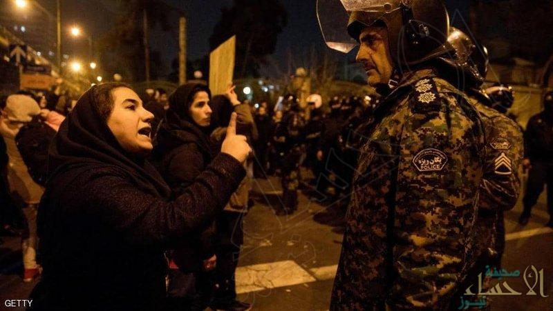 في تصاعد سريع.. احتجاجات إيران تعم عدة مدن وتصل ميدان آزادي