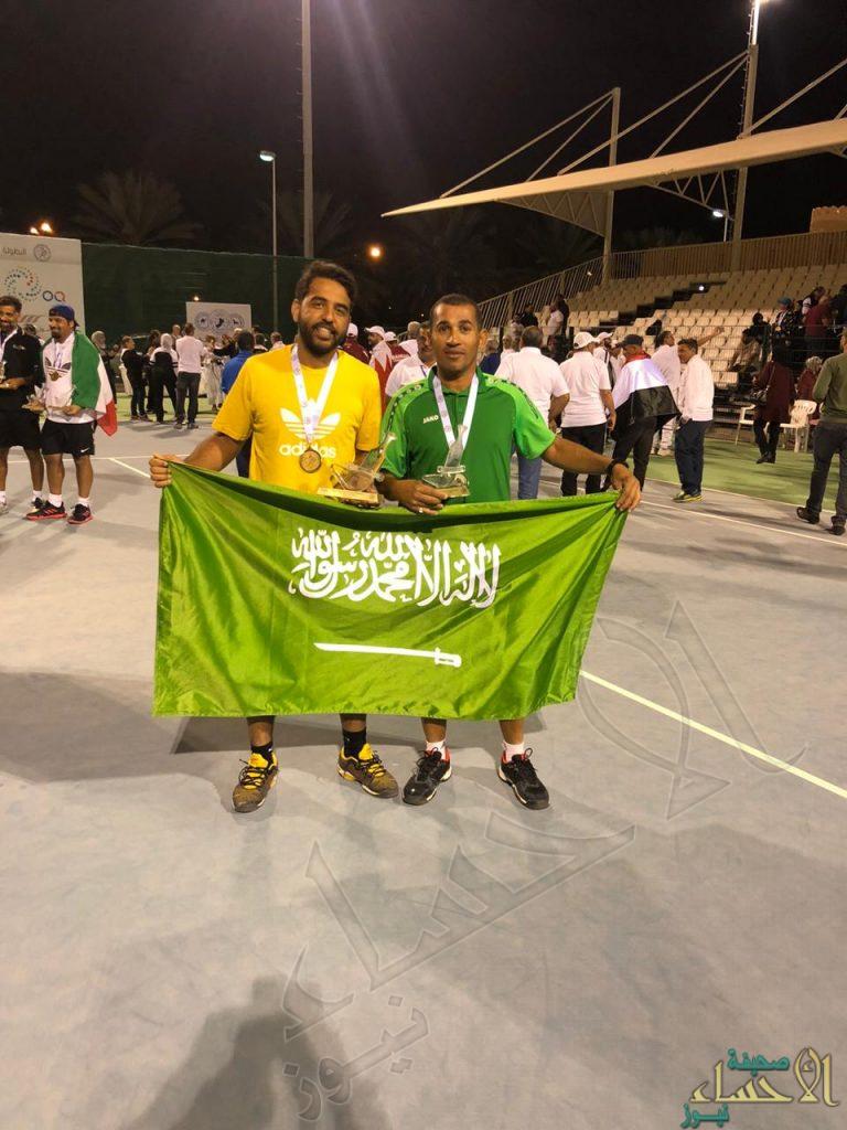 """""""الجزيزي"""" يحقق المركز الثاني في بطولة العرب للرواد لكرة التنس بعمان"""
