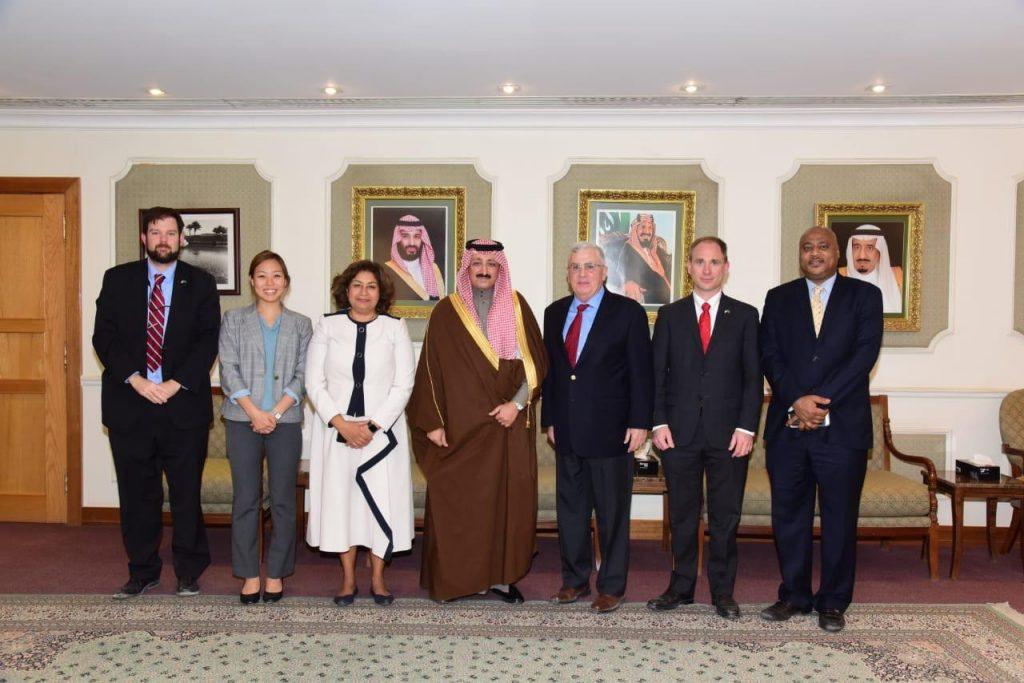 بالصور… مُحافظ الأحساء يستقبل سفير الولايات المتحدة الأمريكية لدى المملكة