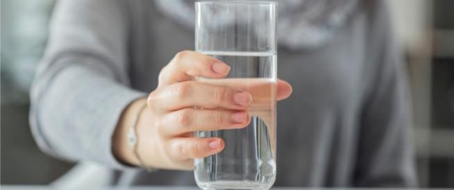 8 علامات تحذرك من نقص المياه في الجسم