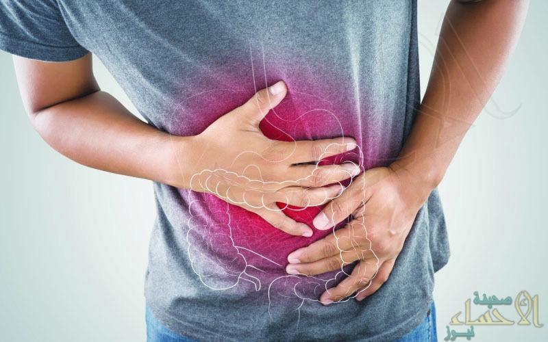 هل تُعاني من اضطراب القولون وانتفاخه في رمضان.. إليك 4 طرق طبيعية لتنظيفه
