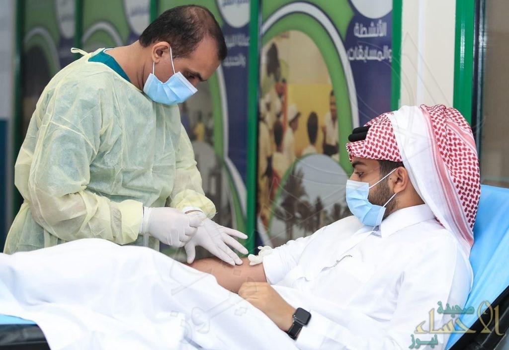 في يومها الأول … حملة نادي الفتح للتبرع بالدم تشهد أقبال كبير من المتبرعين