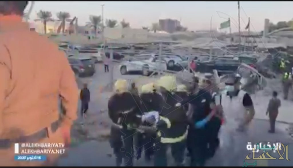 """شاهد .. """"مدني الخبر""""يباشر حادث انهيار جزئي لسقف مواقف أرضية"""