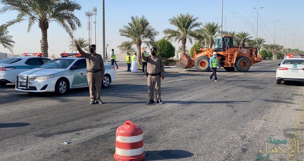 """بالصور … افتتاح جسر مدخل الأحساء الغربي """"طريق الرياض"""" أمام سالكي الطريق"""