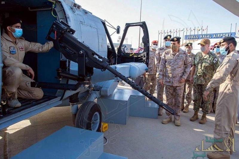 القوات البحرية تدشن الطائرات القتالية متعددة المهمات MH-60R